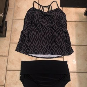 Plus size tankini swimsuit top & highwaist bottoms